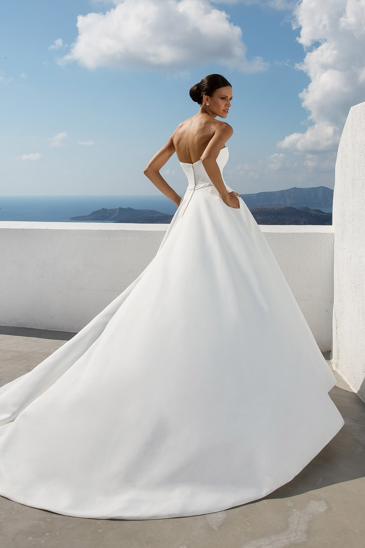 2018 destination wedding dresses 12