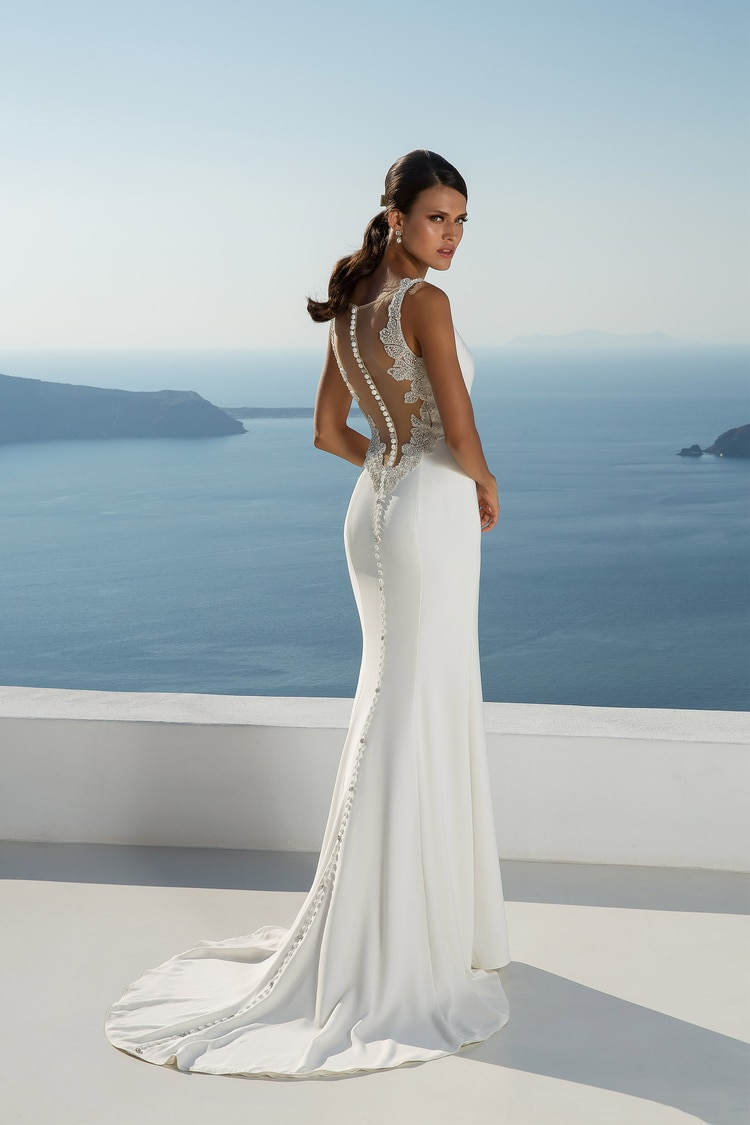 2018 destination wedding dresses 14