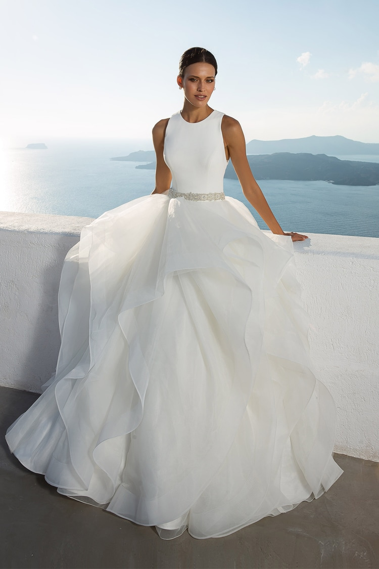 2018 destination wedding dresses 17