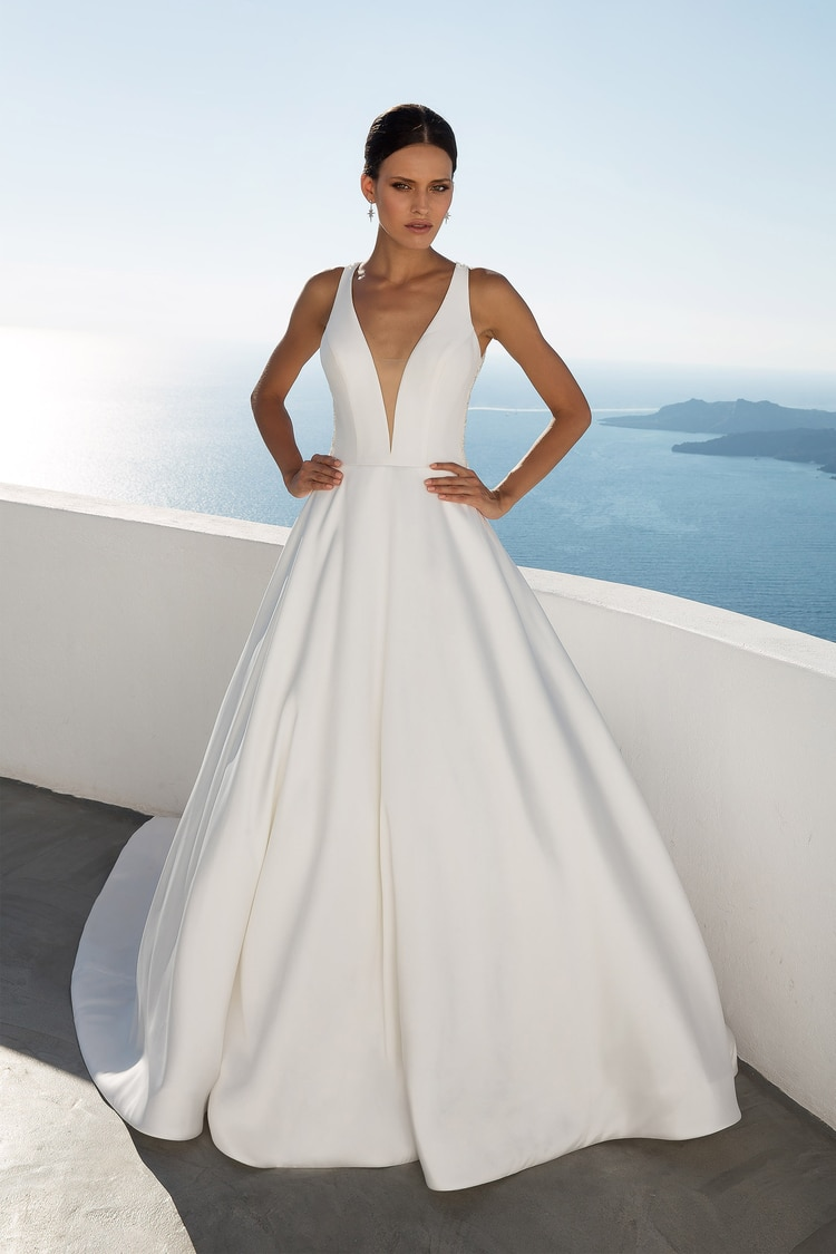 2018 destination wedding dresses 21