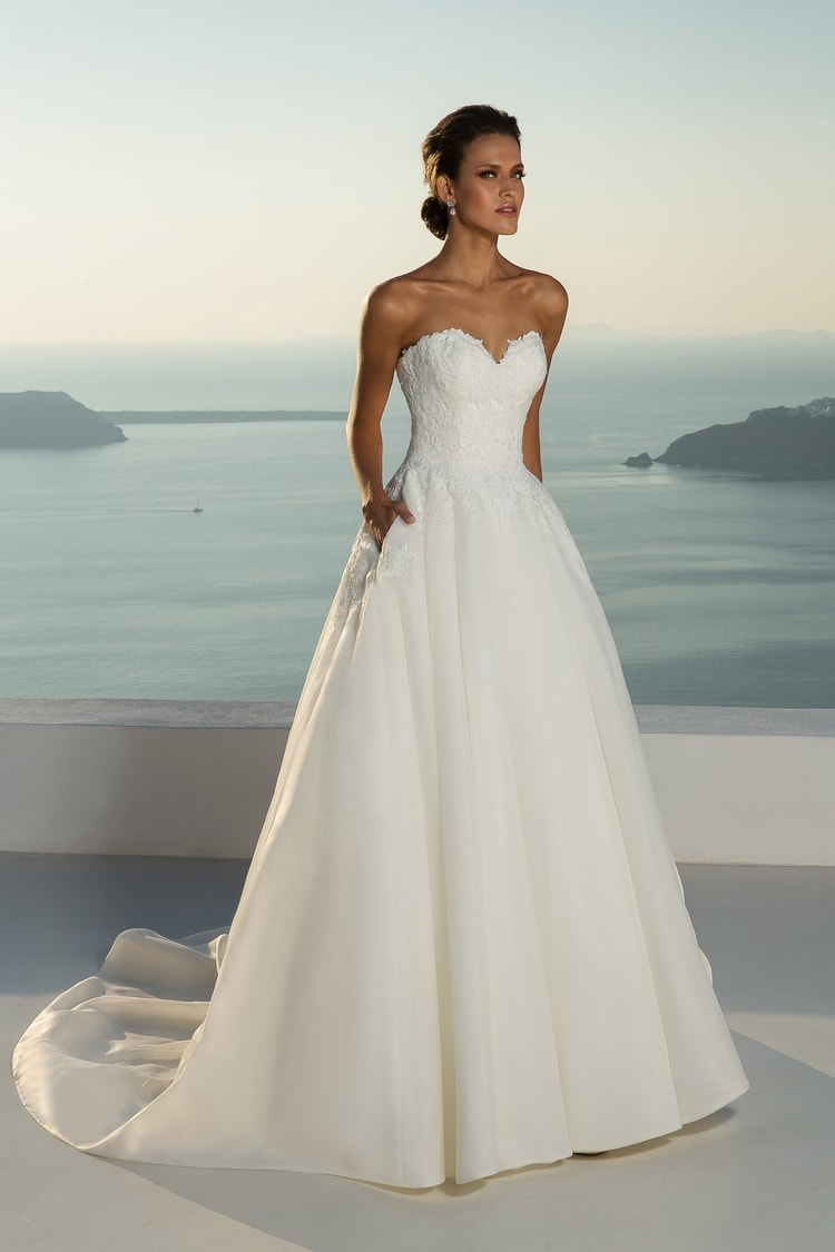 2018 destination wedding dresses 40