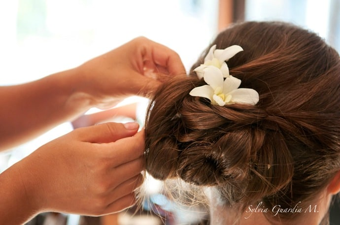 Beach wedding hair styles destination wedding details beach wedding hair styles junglespirit Choice Image