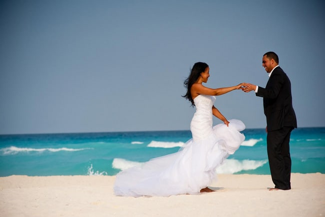 Cancun Trash the dress photos