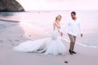 Your Guide to Costa Rica Beach Weddings