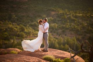 Romantic Desert Inspired Destination Wedding in Sedona