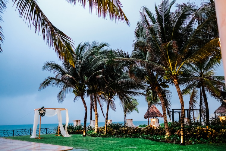 Private Oceanside destination wedding in riviera maya 11