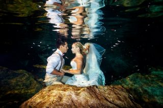 A Breathtaking Underwater Trash the Dress Photo Shoot