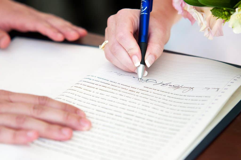 Making Your Destination Wedding Legal Without The Hassle
