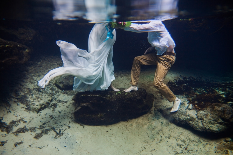 Underwater Wedding Photography 9