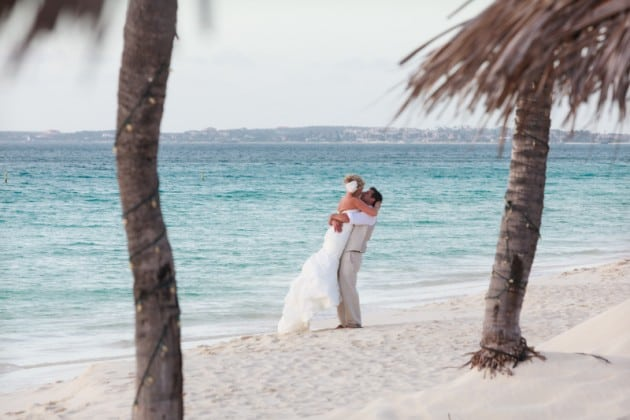 destination wedding in aruba bucuti and tara beach