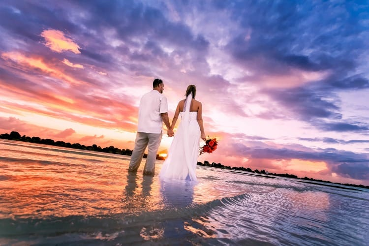 Guide To Aruba Weddings