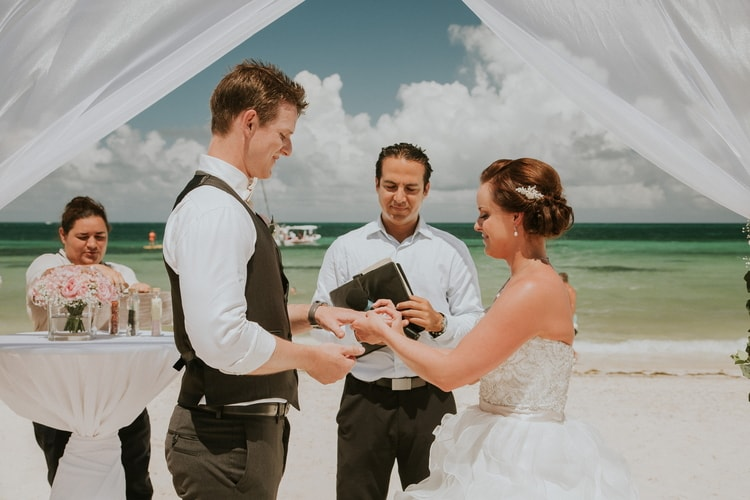 beach wedding at Royalton Riviera Cancun 173
