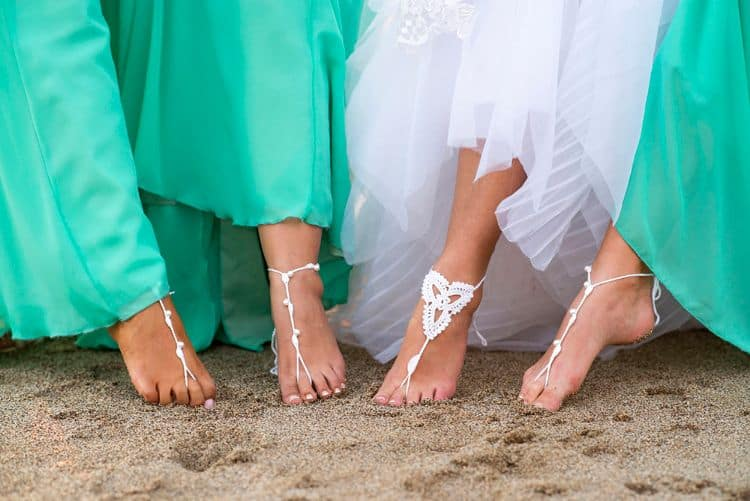 beach wedding barefoot sandlas