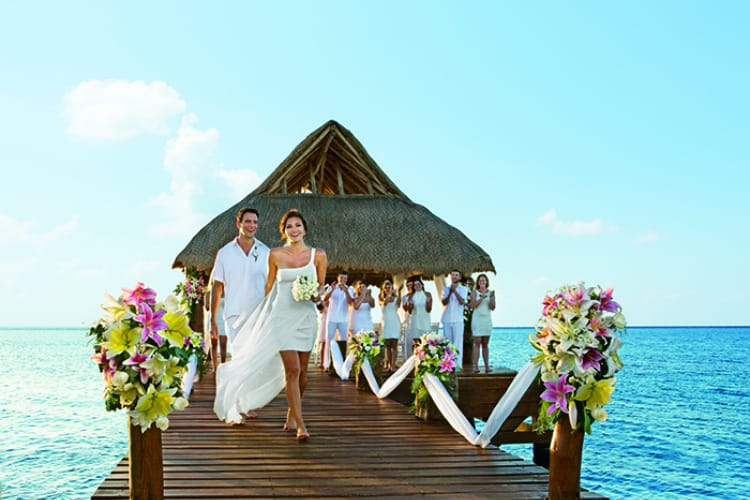 An inside look at the best destination wedding locations for Best wedding locations in us