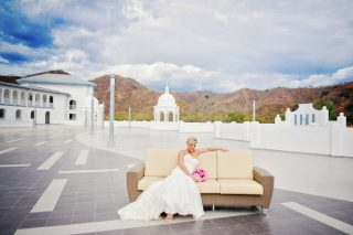 Gorgeous Costa Rica Wedding in Riu Palace