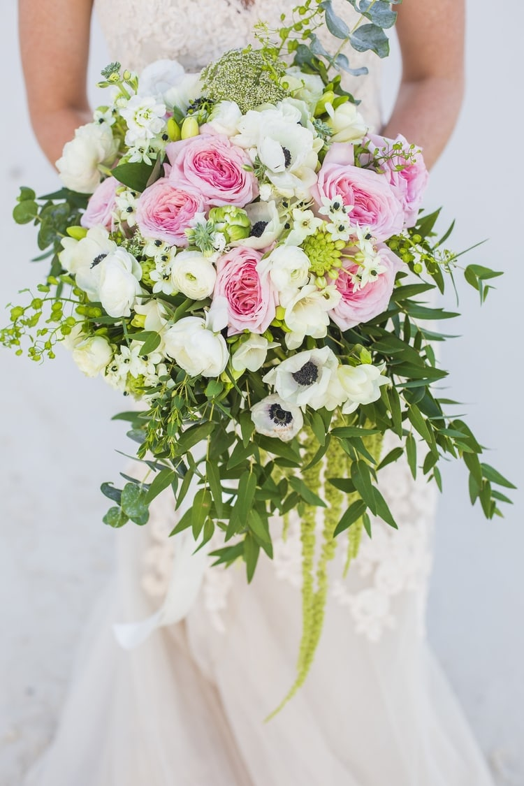 destination wedding bouquets 19