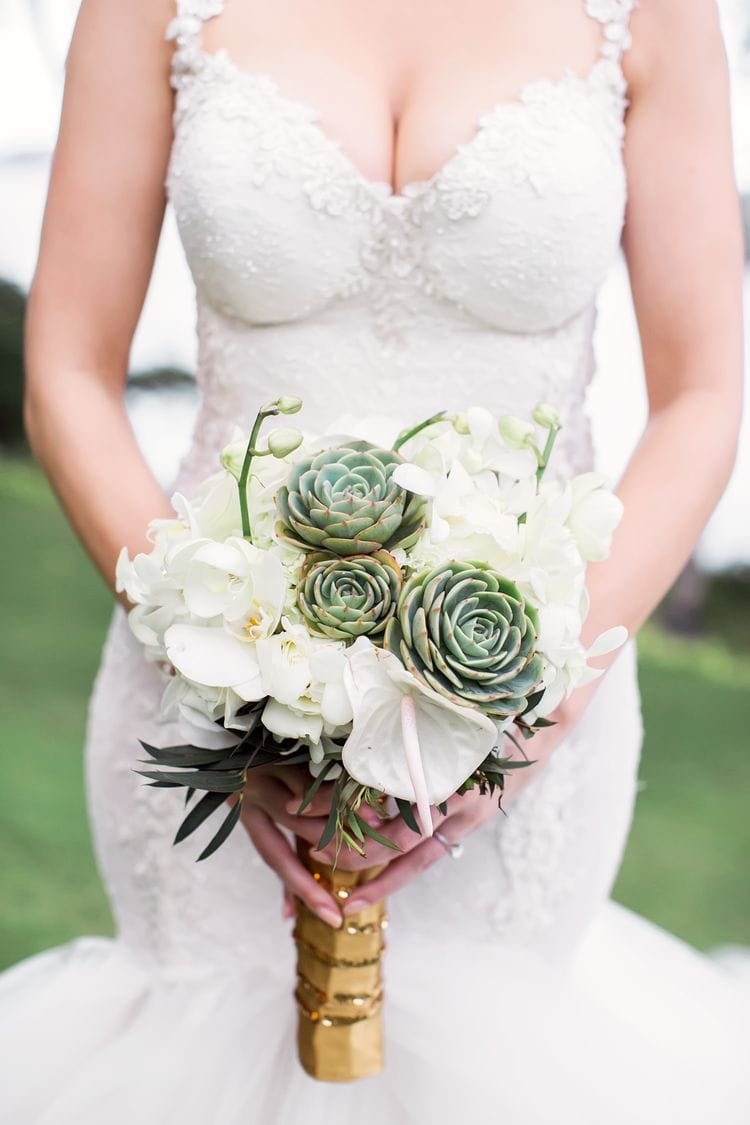 destination wedding bouquets 20