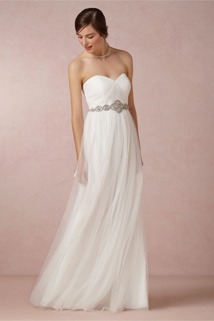 14 beautiful wedding dresses ideal for a destination wedding beautiful wedding dresses destination junglespirit Gallery