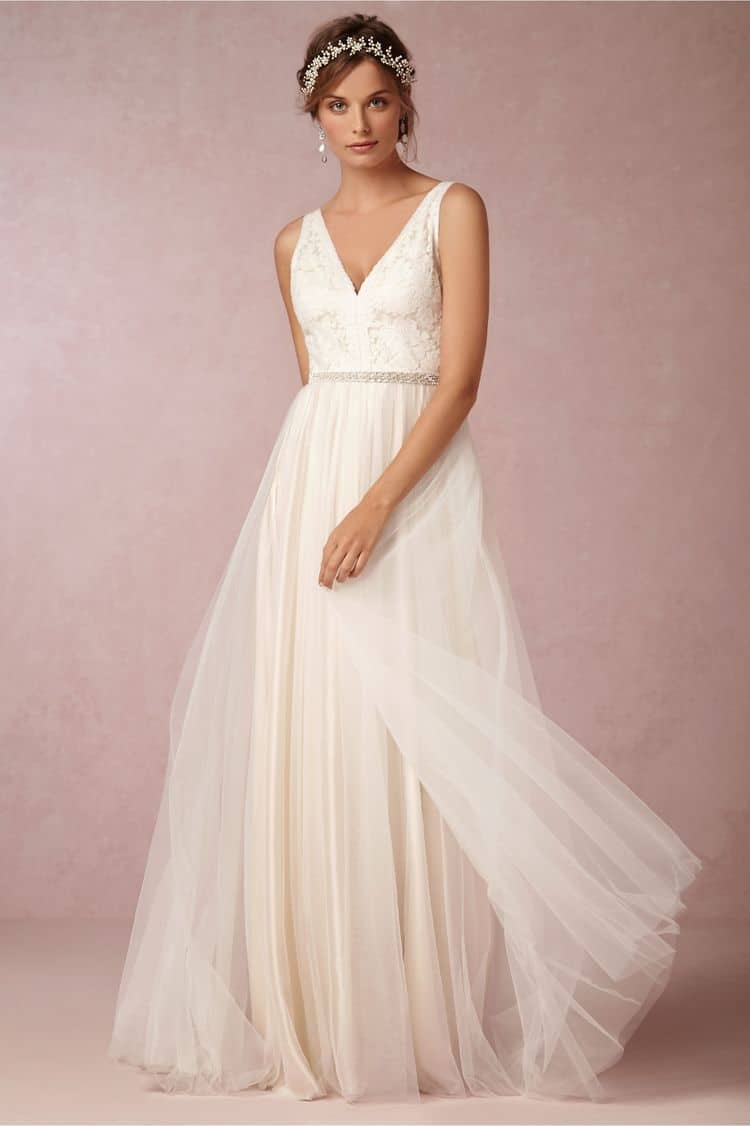 14 Beautiful Wedding Dresses Ideal For A Destination