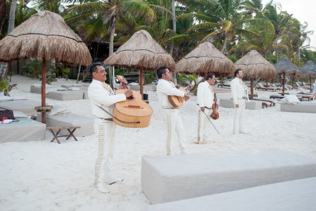 Destination wedding mariachi