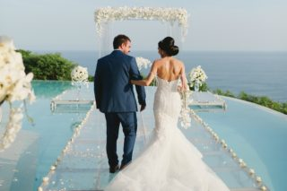 30 Destination Wedding Planning Challenges from Real Destination Brides