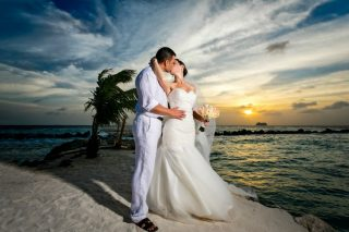 Discover Top Destination Wedding Tips in Less than 2 Minutes