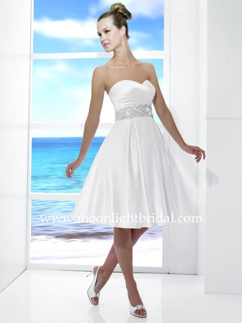 Informal Beach Wedding Dress Photos - Destination Wedding Details