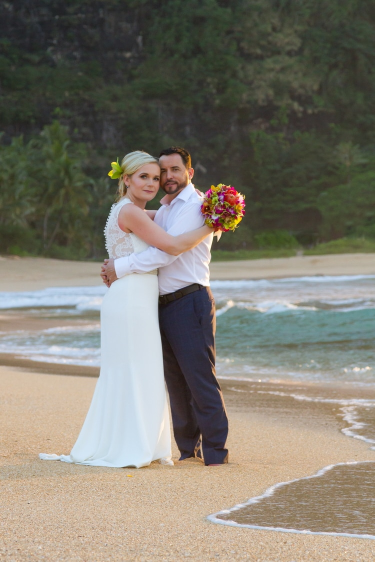 How to plan a dream destination wedding in kauai for Plan a destination wedding