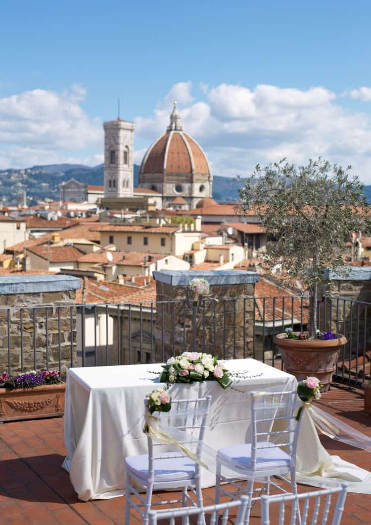 Rooftop wedding inspiration at the Antica Torre di Tornabuoni in Florence