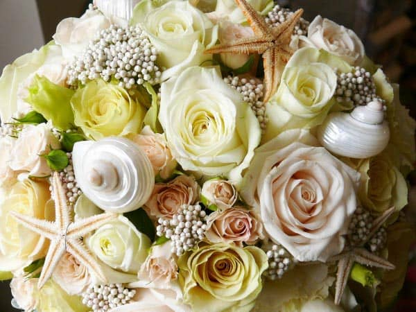 seashell and roses beach wedding bouquet