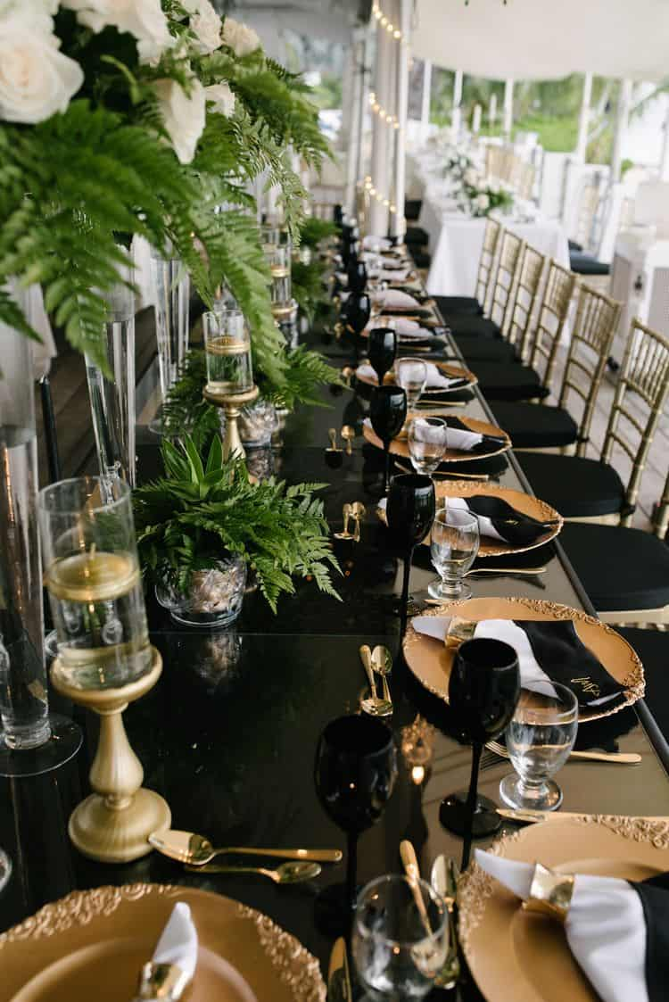 Black & Gold destination wedding table