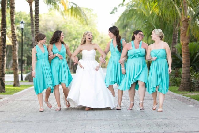 Turquoise and Pink destination wedding in Riviera Maya