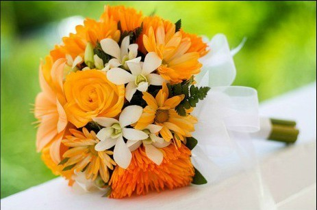 orange beach wedding bouquet