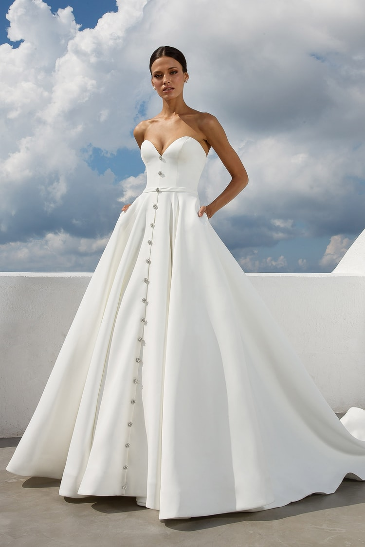 2018 destination wedding dresses 11