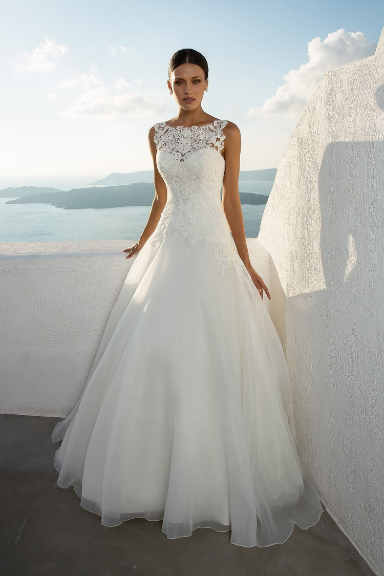 2018 destination wedding dresses 23