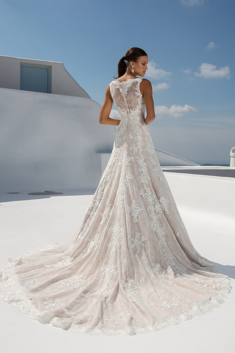 2018 destination wedding dresses 47