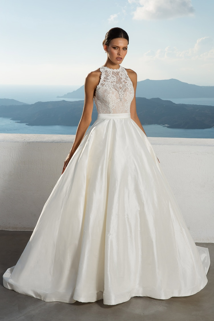Stunning 2018 Destination Wedding Dresses By Justin Alexander