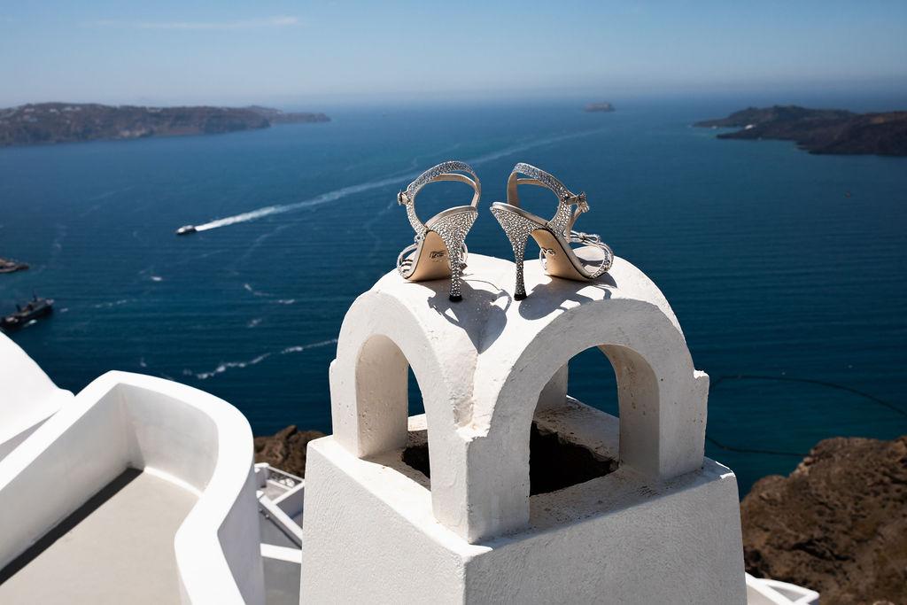 Romantic Santorini wedding 10