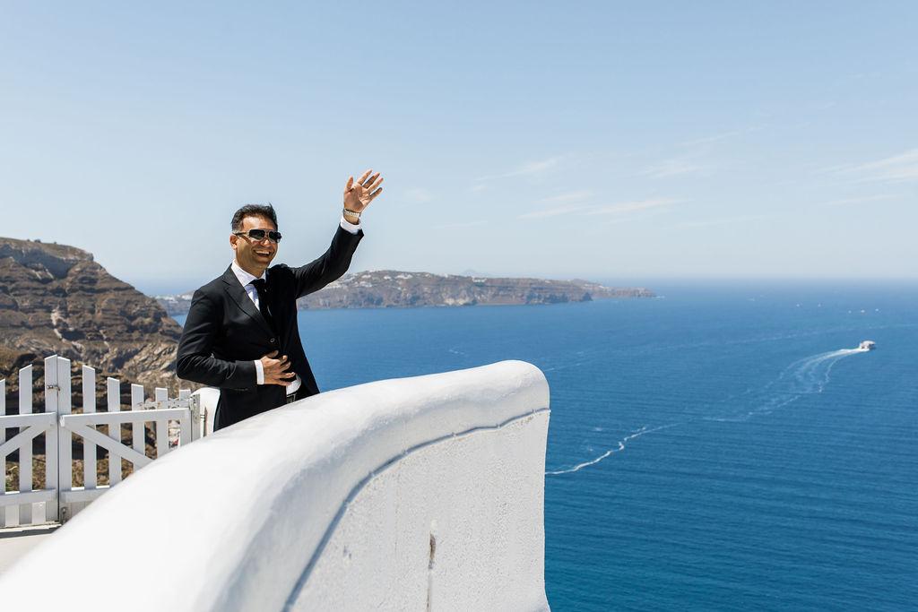Romantic Santorini wedding 17