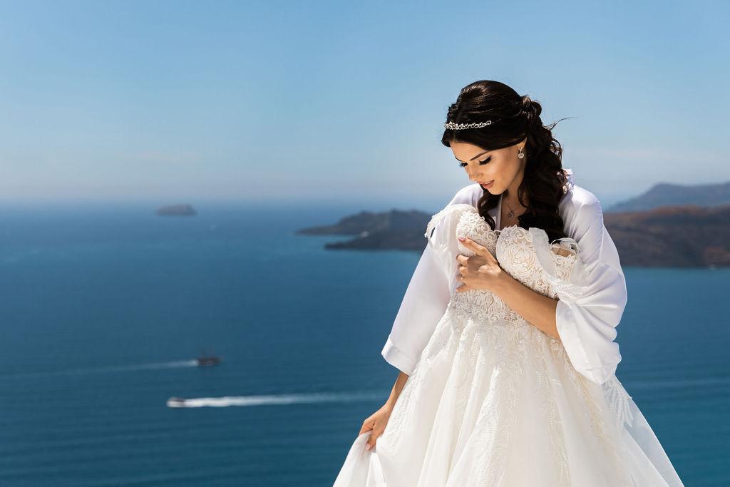 Romantic Santorini wedding 4