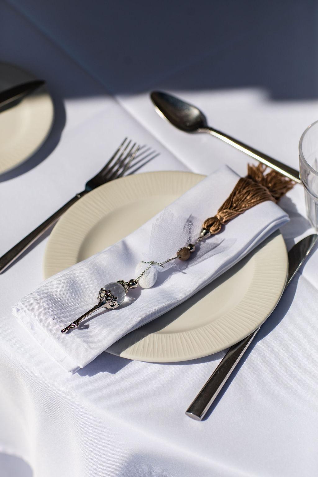 Romantic Santorini wedding 51