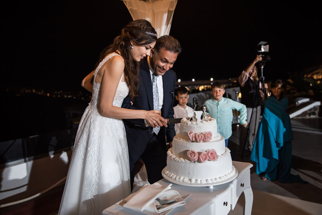 Romantic Santorini wedding 64