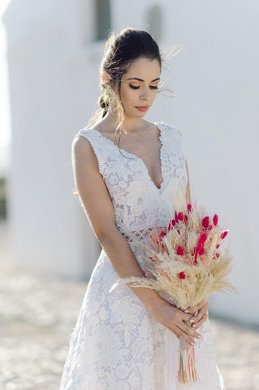 pampas grass wedding bouquet 8