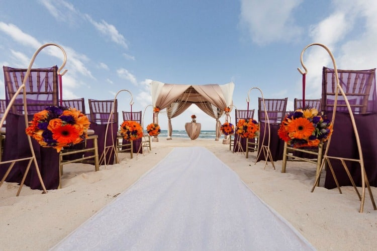 Azul Resorts free destination wedding packages