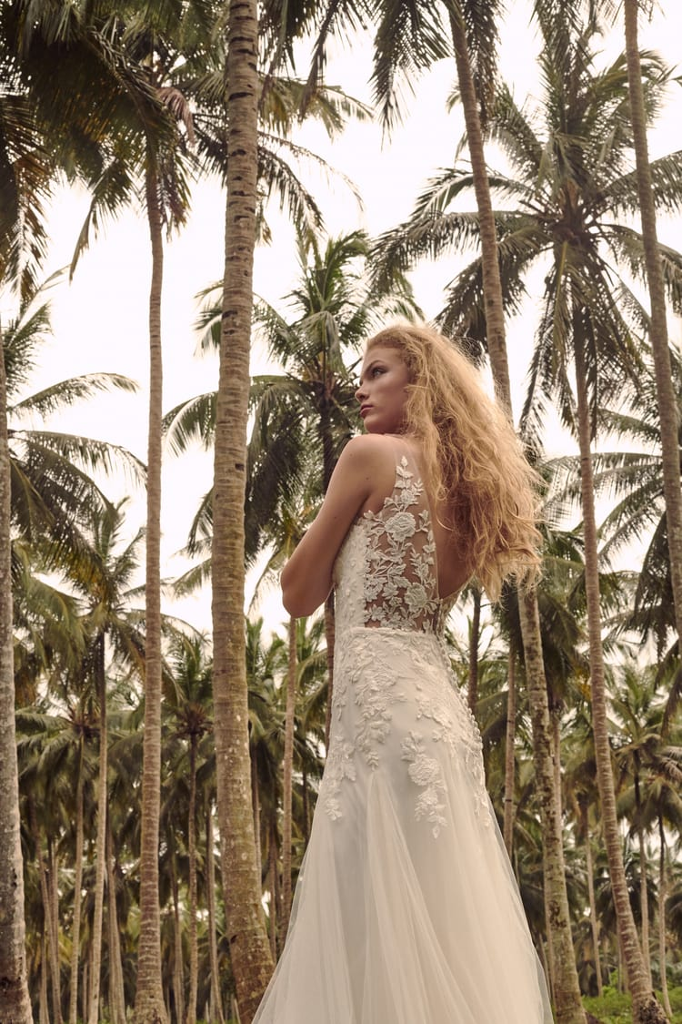 BHLDN destination wedding dresses 24