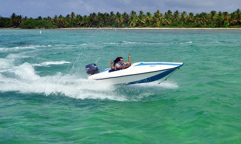 Bavaro Splash Speed Boat Punta Cana 2