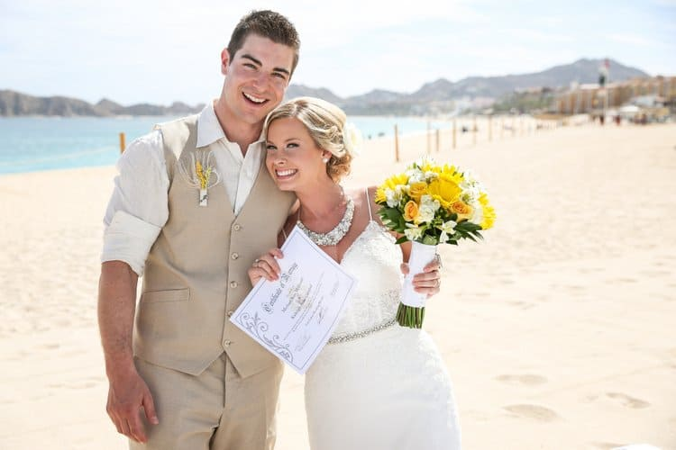 Beach wedding in Cabo San Lucas