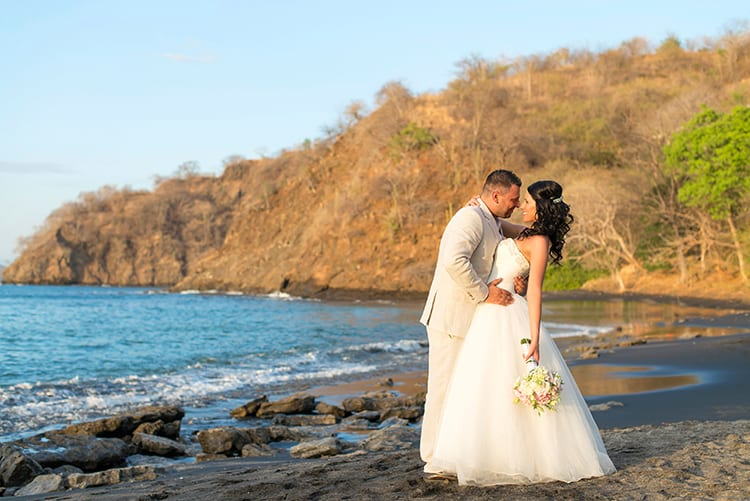 Beach wedding in playa ocotal-017