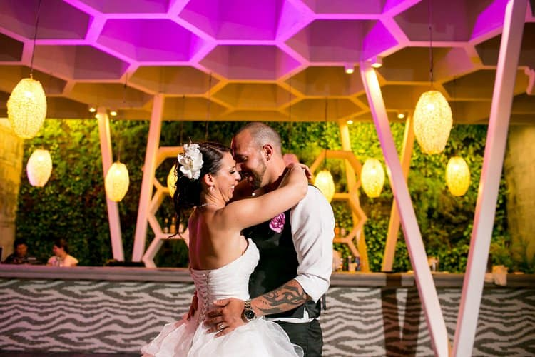 Beautiful destination wedding in Sandos Caracol in Playa Del Carmen 010