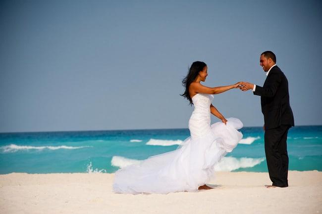 Cancun Trash the dress photos